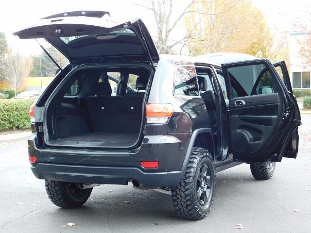 2016 Jeep Grand Cherokee Laredo / 4X4 / Sport Utility / LIFTED LIFTED - Photo 29 - Portland, OR 97217
