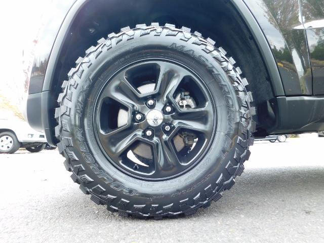 2016 Jeep Grand Cherokee Laredo / 4X4 / Sport Utility / LIFTED LIFTED - Photo 23 - Portland, OR 97217