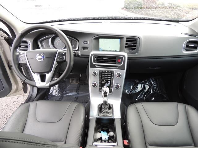 2017 Volvo V60 T5 Premier/ Leather / Heated Seats / Navigation - Photo 21 - Portland, OR 97217
