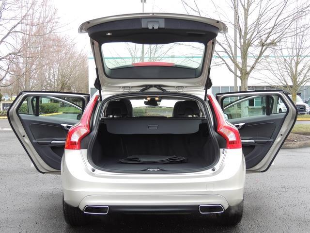 2017 Volvo V60 T5 Premier/ Leather / Heated Seats / Navigation - Photo 28 - Portland, OR 97217