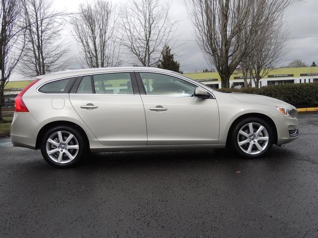 2017 Volvo V60 T5 Premier/ Leather / Heated Seats / Navigation - Photo 49 - Portland, OR 97217