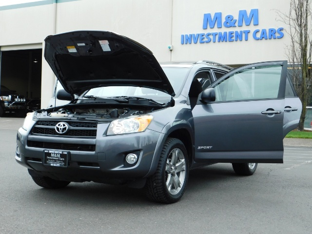 2011 Toyota RAV4 Sport / SUV / AWD / Sunroof / Low Miles / Excel Co - Photo 25 - Portland, OR 97217
