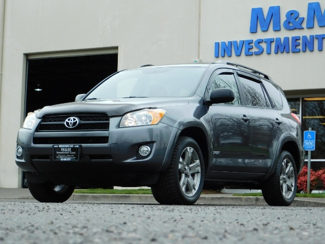 2011 Toyota RAV4 Sport / SUV / AWD / Sunroof / Low Miles / Excel Co - Photo 1 - Portland, OR 97217