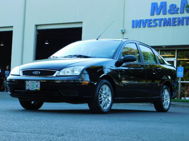 2007 Ford Focus ZX4 SE / 4Dr / Sunroof / New Tires - Photo 45 - Portland, OR 97217