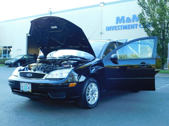 2007 Ford Focus ZX4 SE / 4Dr / Sunroof / New Tires - Photo 25 - Portland, OR 97217