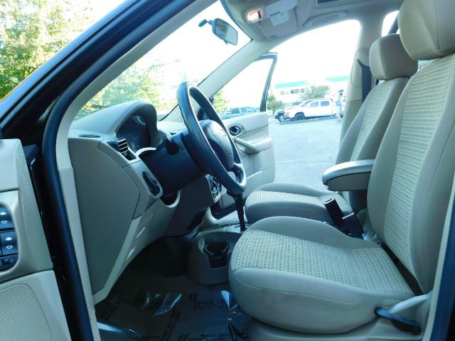 2007 Ford Focus ZX4 SE / 4Dr / Sunroof / New Tires - Photo 14 - Portland, OR 97217