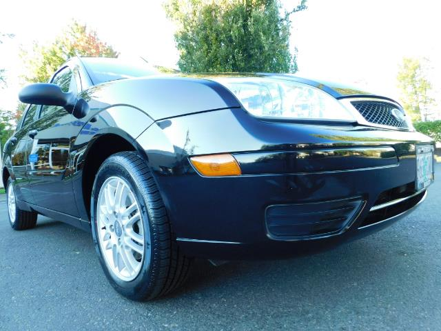2007 Ford Focus ZX4 SE / 4Dr / Sunroof / New Tires - Photo 12 - Portland, OR 97217