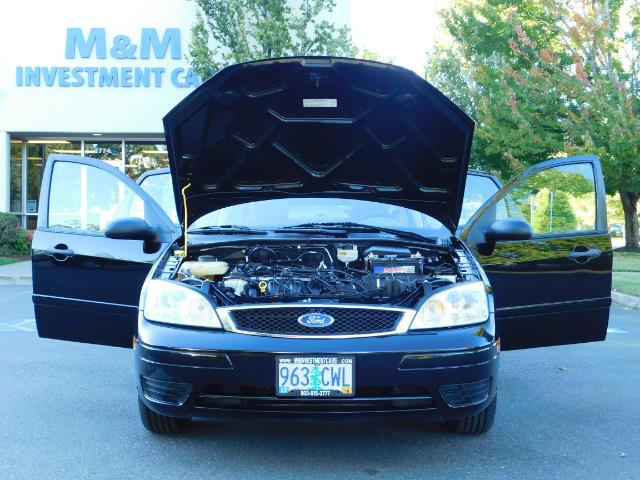 2007 Ford Focus ZX4 SE / 4Dr / Sunroof / New Tires - Photo 32 - Portland, OR 97217