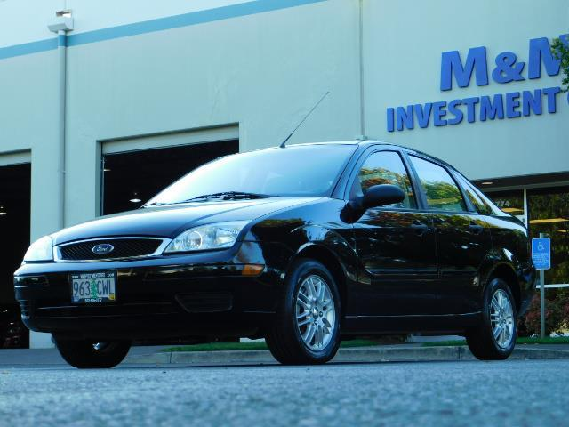 2007 Ford Focus ZX4 SE / 4Dr / Sunroof / New Tires - Photo 47 - Portland, OR 97217