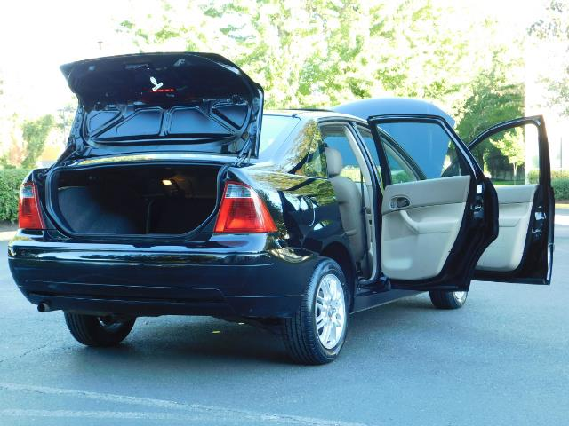 2007 Ford Focus ZX4 SE / 4Dr / Sunroof / New Tires - Photo 29 - Portland, OR 97217