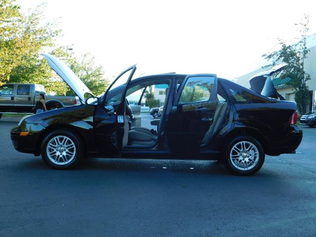 2007 Ford Focus ZX4 SE / 4Dr / Sunroof / New Tires - Photo 26 - Portland, OR 97217