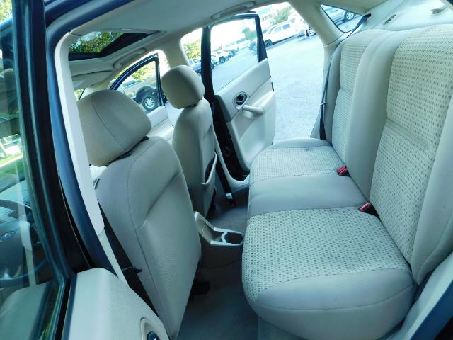 2007 Ford Focus ZX4 SE / 4Dr / Sunroof / New Tires - Photo 15 - Portland, OR 97217