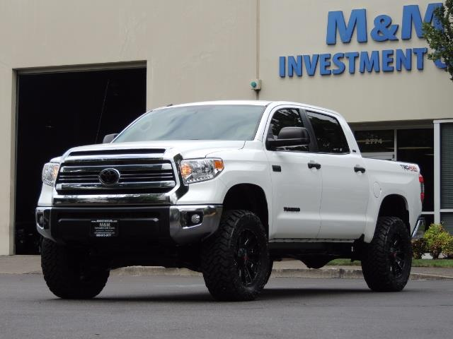 2016 Toyota Tundra SR5 / TRD OFF RD / 4X4 / 1-OWNER/ LIFTED - Photo 50 - Portland, OR 97217