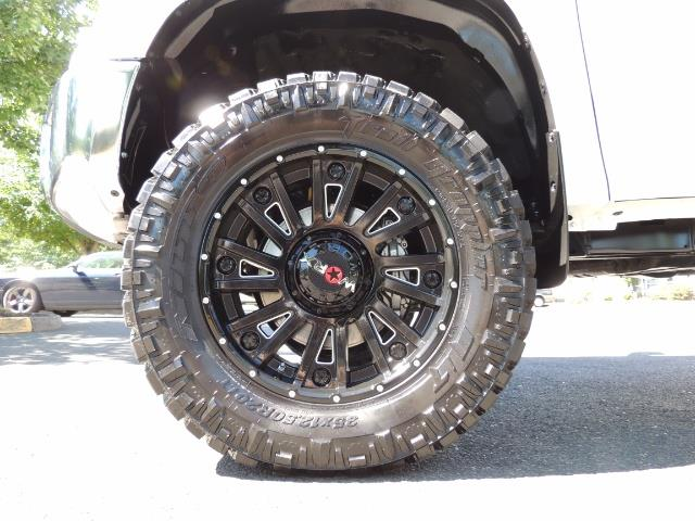 2016 Toyota Tundra SR5 / TRD OFF RD / 4X4 / 1-OWNER/ LIFTED - Photo 22 - Portland, OR 97217