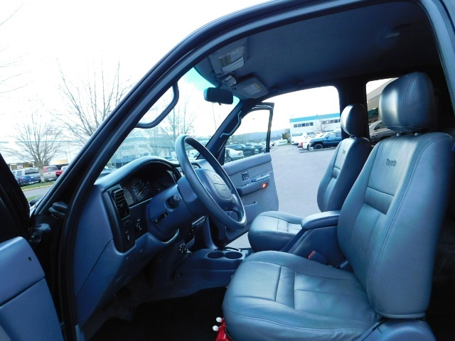 1998 Toyota Tacoma Prerunner Extra Cab / 4Cyl / Leather / Excel Cond - Photo 14 - Portland, OR 97217