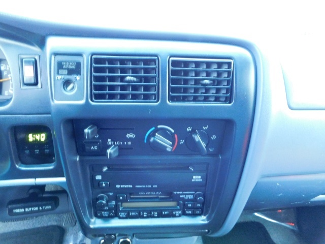 1998 Toyota Tacoma Prerunner Extra Cab / 4Cyl / Leather / Excel Cond - Photo 19 - Portland, OR 97217
