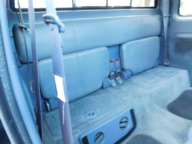 1998 Toyota Tacoma Prerunner Extra Cab / 4Cyl / Leather / Excel Cond - Photo 34 - Portland, OR 97217