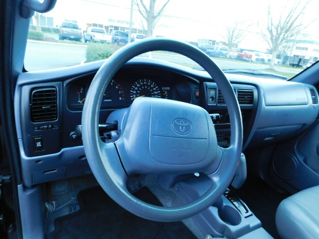 1998 Toyota Tacoma Prerunner Extra Cab / 4Cyl / Leather / Excel Cond - Photo 17 - Portland, OR 97217