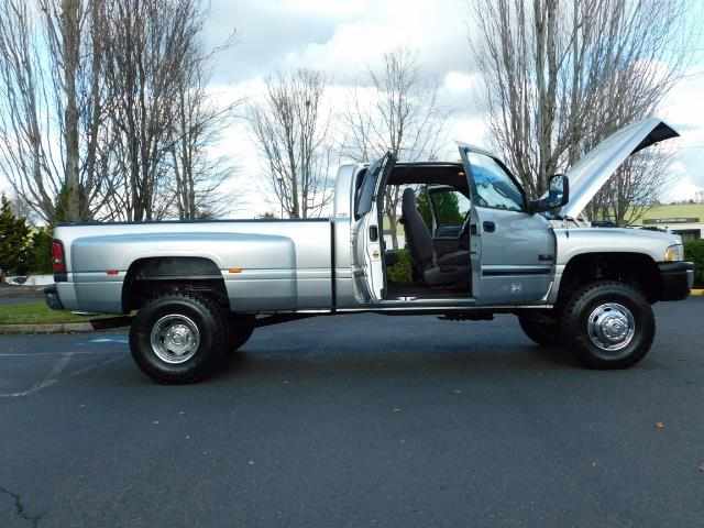 2001 Dodge Ram 3500 4x4 DUALLY / 5.9 CUMMINS DIESEL / 6-SPEED / LIFTED - Photo 23 - Portland, OR 97217