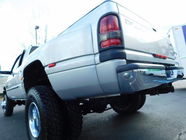 2001 Dodge Ram 3500 4x4 DUALLY / 5.9 CUMMINS DIESEL / 6-SPEED / LIFTED - Photo 11 - Portland, OR 97217
