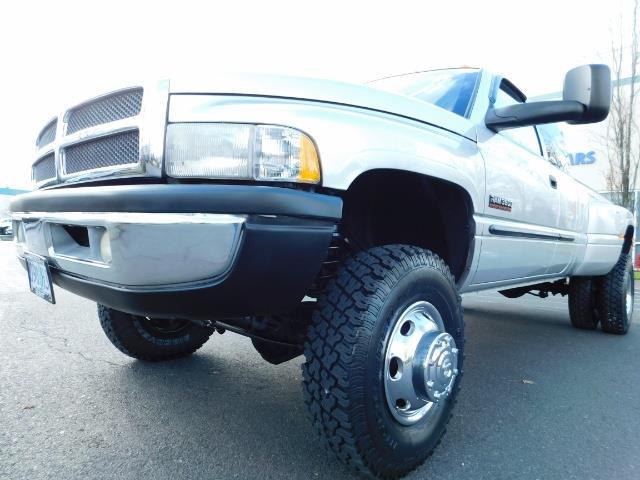 2001 Dodge Ram 3500 4x4 DUALLY / 5.9 CUMMINS DIESEL / 6-SPEED / LIFTED - Photo 9 - Portland, OR 97217
