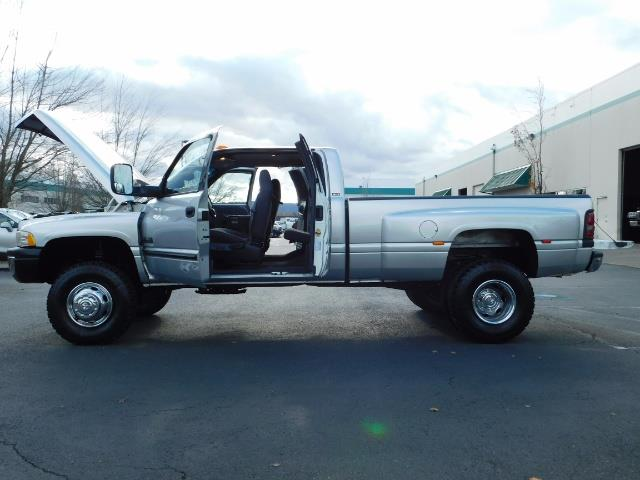2001 Dodge Ram 3500 4x4 DUALLY / 5.9 CUMMINS DIESEL / 6-SPEED / LIFTED - Photo 22 - Portland, OR 97217