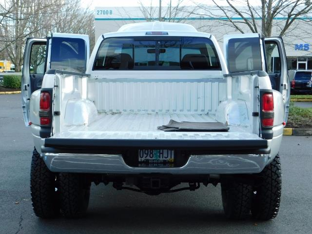 2001 Dodge Ram 3500 4x4 DUALLY / 5.9 CUMMINS DIESEL / 6-SPEED / LIFTED - Photo 21 - Portland, OR 97217
