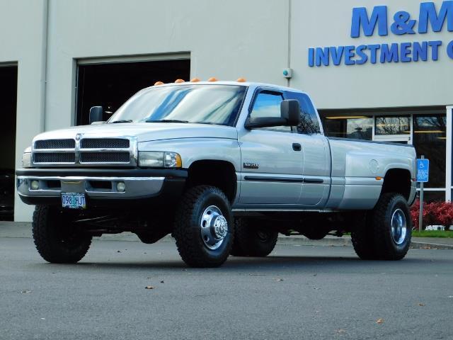 2001 Dodge Ram 3500 4x4 DUALLY / 5.9 CUMMINS DIESEL / 6-SPEED / LIFTED - Photo 1 - Portland, OR 97217