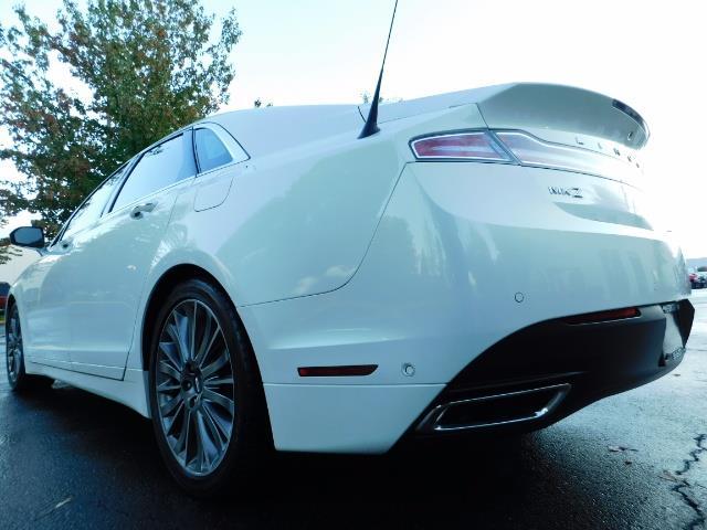 2013 Lincoln MKZ Hybrid Hybrid Sedan / Nav / Parking assist / 1-OWNER - Photo 11 - Portland, OR 97217