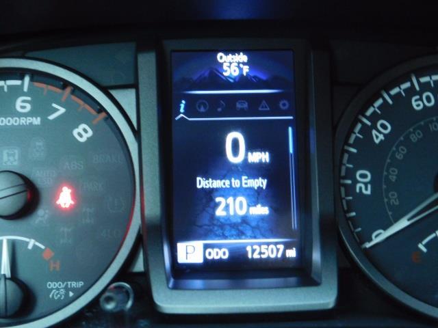2016 Toyota Tacoma TRD Sport / 4X4 / Navigation / Backup / LIFTED - Photo 40 - Portland, OR 97217