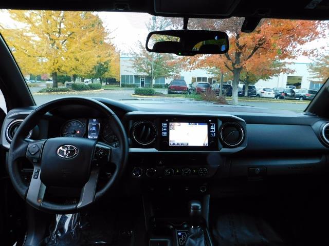 2016 Toyota Tacoma TRD Sport / 4X4 / Navigation / Backup / LIFTED - Photo 35 - Portland, OR 97217
