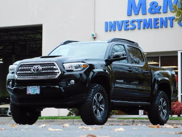 2016 Toyota Tacoma TRD Sport / 4X4 / Navigation / Backup / LIFTED - Photo 1 - Portland, OR 97217