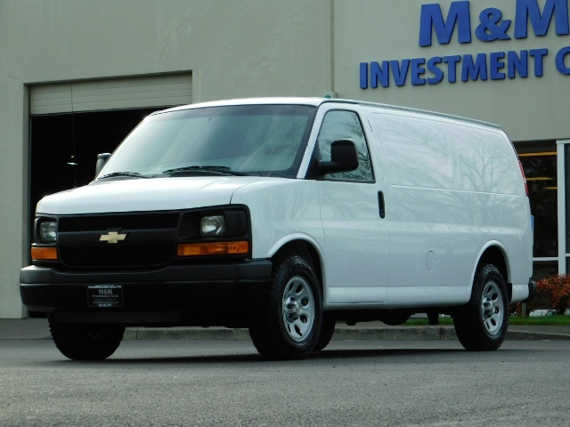 2014 Chevrolet Express 1500 / Cargo Van / 6Cyl / 1-Owner / Execl Cond - Photo 1 - Portland, OR 97217