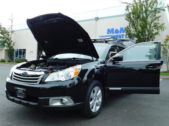 2012 Subaru Outback 2.5i Premium / AWD / HEATED SEATS / 1-Owner - Photo 31 - Portland, OR 97217
