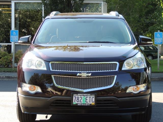 2010 Chevrolet Traverse LT ALL Wheel Drive / 8-seater / ONLY 67,000 MILES - Photo 5 - Portland, OR 97217