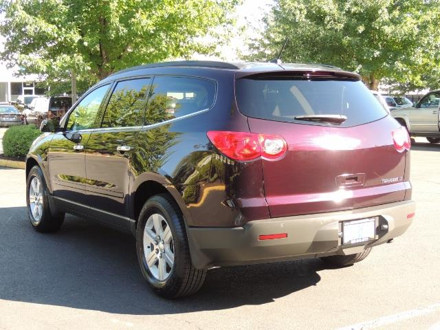 2010 Chevrolet Traverse LT ALL Wheel Drive / 8-seater / ONLY 67,000 MILES - Photo 7 - Portland, OR 97217