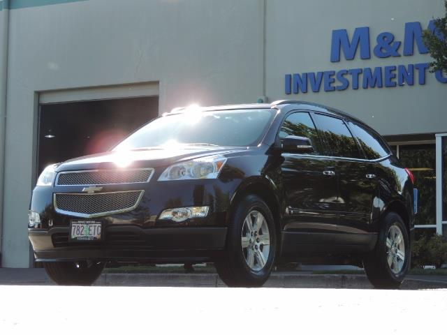 2010 Chevrolet Traverse LT ALL Wheel Drive / 8-seater / ONLY 67,000 MILES - Photo 1 - Portland, OR 97217