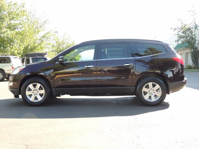 2010 Chevrolet Traverse LT ALL Wheel Drive / 8-seater / ONLY 67,000 MILES - Photo 3 - Portland, OR 97217