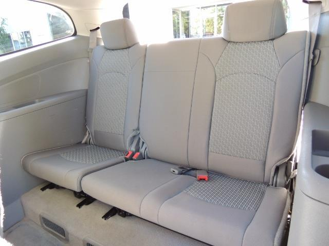 2010 Chevrolet Traverse LT ALL Wheel Drive / 8-seater / ONLY 67,000 MILES - Photo 55 - Portland, OR 97217