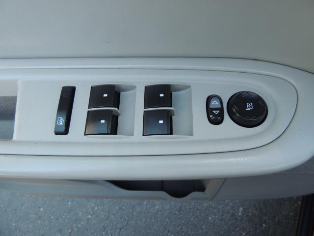 2010 Chevrolet Traverse LT ALL Wheel Drive / 8-seater / ONLY 67,000 MILES - Photo 20 - Portland, OR 97217