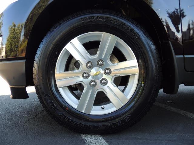 2010 Chevrolet Traverse LT ALL Wheel Drive / 8-seater / ONLY 67,000 MILES - Photo 39 - Portland, OR 97217