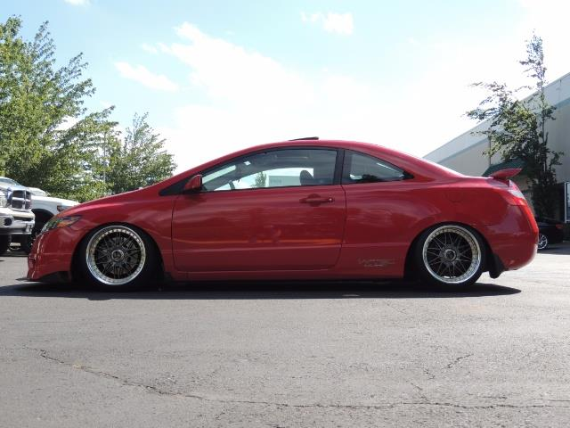 2008 Honda Civic Si Coupe 6 Speed Manual / WHEELS EXHAUST / LOWERED - Photo 4 - Portland, OR 97217