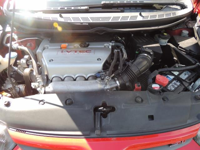 2008 Honda Civic Si Coupe 6 Speed Manual / WHEELS EXHAUST / LOWERED - Photo 17 - Portland, OR 97217