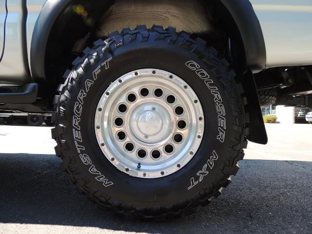 """2002 Toyota Tacoma V6 4dr Double Cab 4WD LIFTED 33 """" MUD DIF LOCKS - Photo 39 - Portland, OR 97217"""
