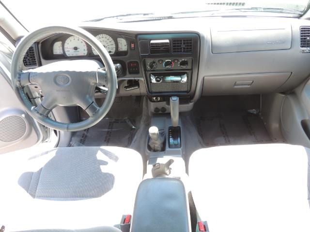 """2002 Toyota Tacoma V6 4dr Double Cab 4WD LIFTED 33 """" MUD DIF LOCKS - Photo 14 - Portland, OR 97217"""