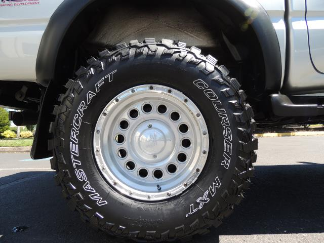 """2002 Toyota Tacoma V6 4dr Double Cab 4WD LIFTED 33 """" MUD DIF LOCKS - Photo 41 - Portland, OR 97217"""