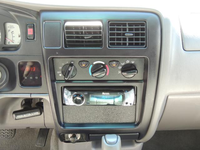 """2002 Toyota Tacoma V6 4dr Double Cab 4WD LIFTED 33 """" MUD DIF LOCKS - Photo 34 - Portland, OR 97217"""