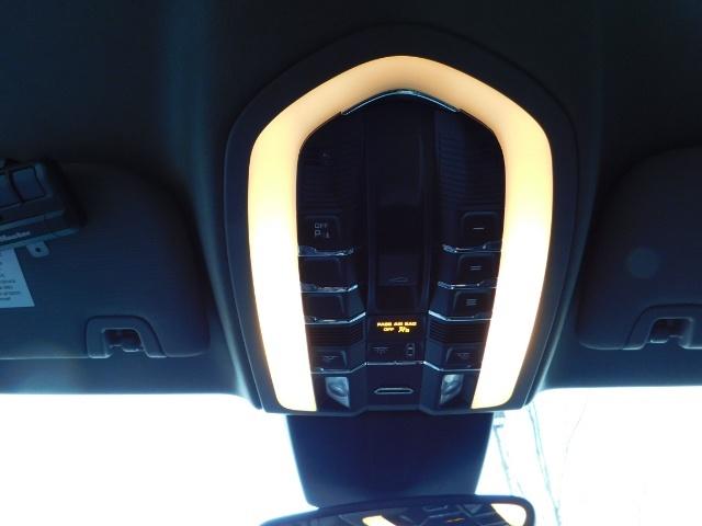2014 Porsche Panamera S / Twin Turbo 6Cyl / Sport Chrono pkg / Excel Con - Photo 37 - Portland, OR 97217