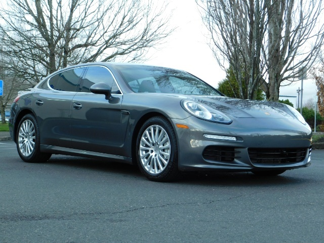 2014 Porsche Panamera S / Twin Turbo 6Cyl / Sport Chrono pkg / Excel Con - Photo 2 - Portland, OR 97217