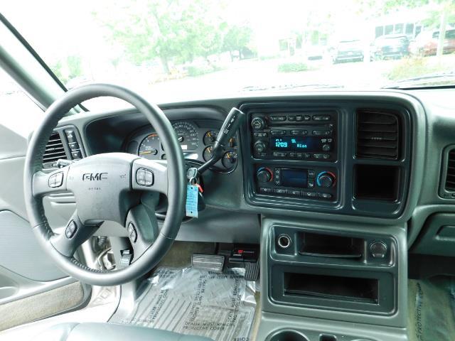 2005 GMC Sierra 3500 SLT 4dr Crew Cab / 4X4 / DIESEL / LIFTED / 1-OWNER - Photo 18 - Portland, OR 97217
